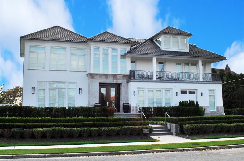 Custom Residential Home 320