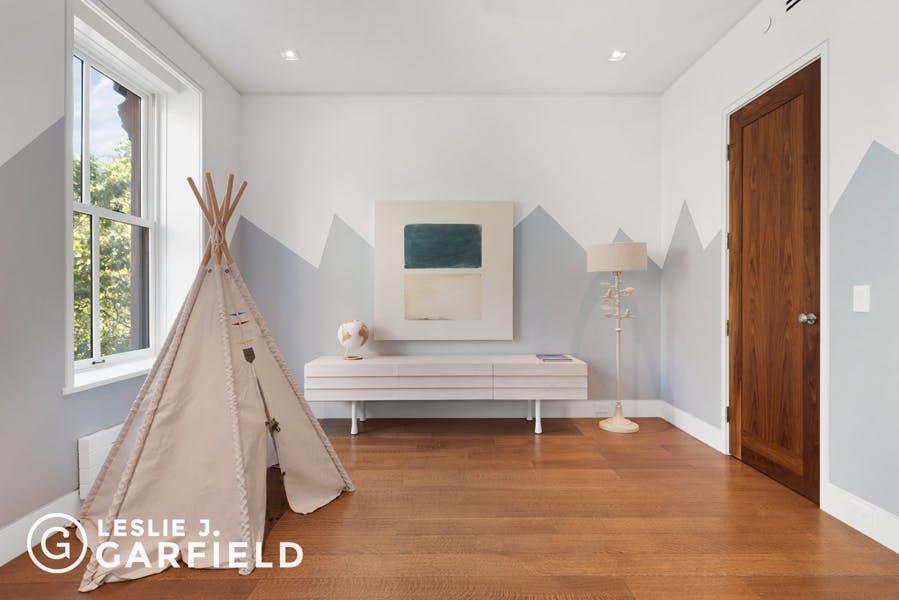 Brooklyn Heights-Pierrepont-bedroom4